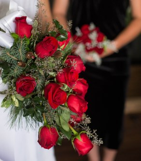 holly and berries racine Wisconsin wedding florist